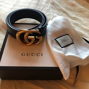 Gucci women's belt size 105 black